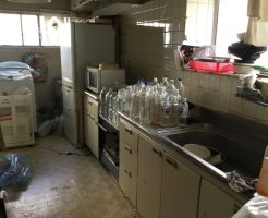 【神戸市】不用品回収・ハウスクリーニング・ゴキブリシロアリ駆除を同時実施☆対応にご満足いただけました!