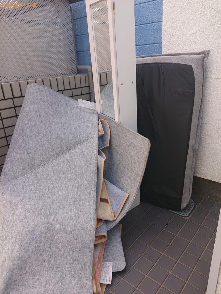 【伊丹市】二人掛けソファー、テレビ台、電気カーペット等の回収 お客様の声