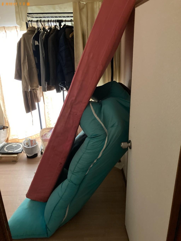 【姫路市大善町】シングルベッドマットレス、二人掛けソファーの回収