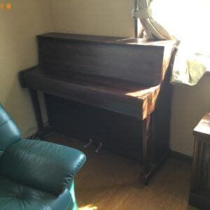 【伊丹市】三人掛けソファー、電子ピアノの回収・処分ご依頼