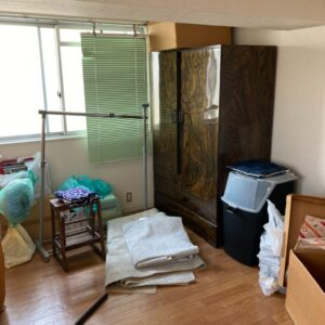 【姫路市佃町】タンス、ポールハンガー、カーペット、扇風機等の回収