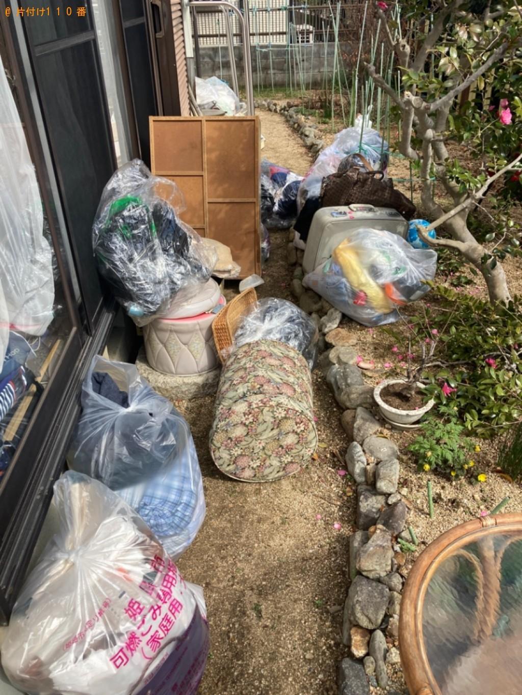 【姫路市】かご、衣類収納ケース、雑誌、椅子、衣類等の回収・処分