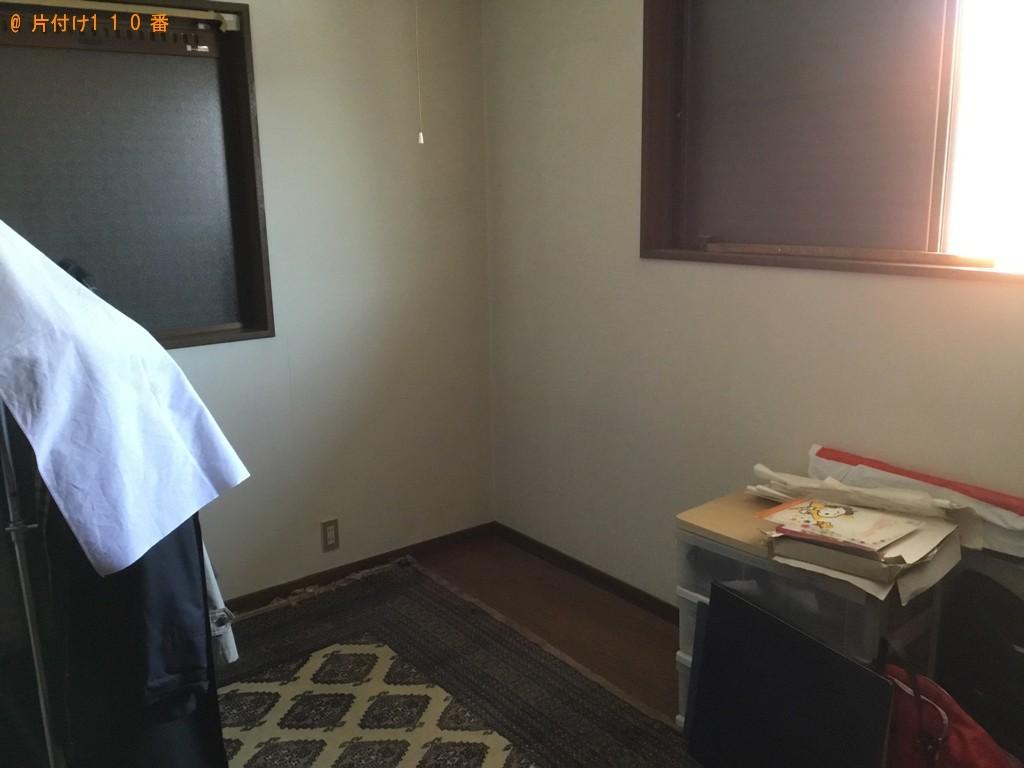【神戸市北区】学習机、椅子、婚礼ダンスの回収・処分ご依頼