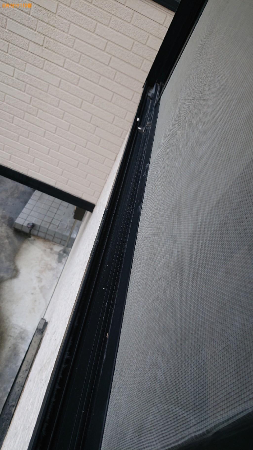 【小野市来住町】部屋の片付けと窓ガラス・サッシ掃除ご依頼